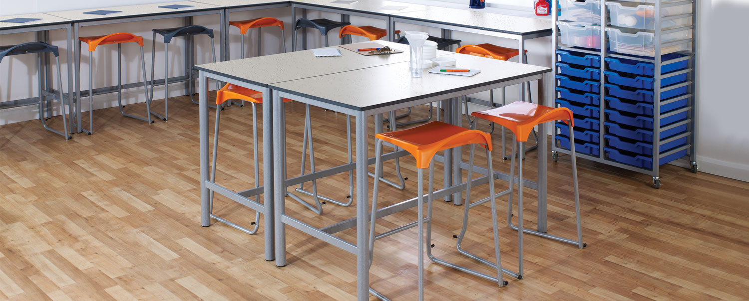 Metalliform-craft tables header